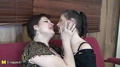 Mature hairy mom fucks her young girl