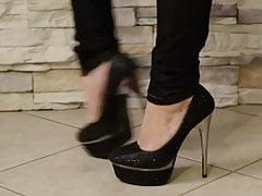 Sexy brunette feet