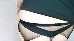Venus-luvsitt being a butt slut and gaping her ass