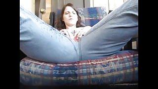 Hot brunette peeing huge load in her open crotch blue jeans