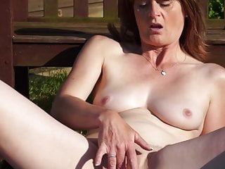 Download video bokep Mature mother needs a good sex Mp4 terbaru