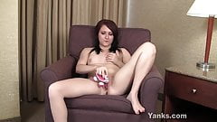 Yanks Babe Ember's Clit Massage