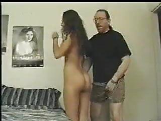 Junge Araberin im Arsch gefickt