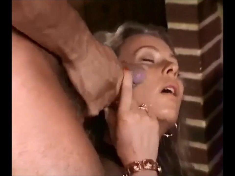 Mature man fuked girl