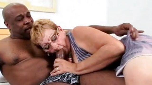 amateur brazilian grannies caught fucking