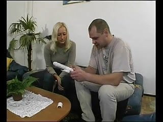 German MILF get a fuck from neighbor