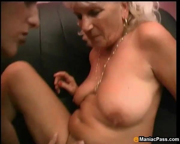 Granny clit licking videos free — pic 1