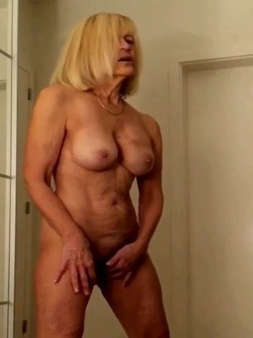 bbw granny loves to cum and squirt on very ridged dildo