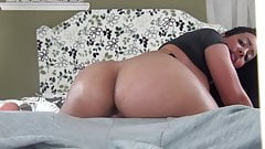 Big bubble ass latina rides cock - best ride ever?