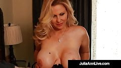 Our Favorite Milf Julia Ann Dildo Bangs Her Perfect Snatch!