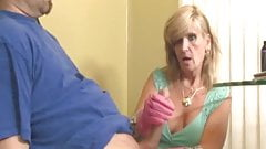 Mature stepmommy tugging fat cock