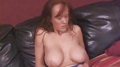 Big tits hottie masturbating solo