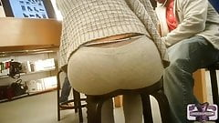perfect round ass candid