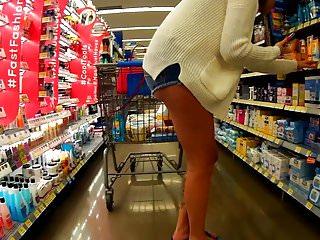 Long legs shorts tats & cheeks