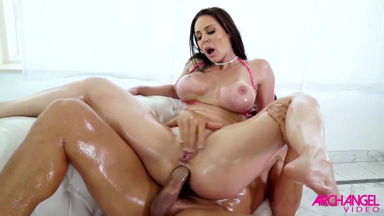 free download & watch kendra lust takes huge cock up her ass porn