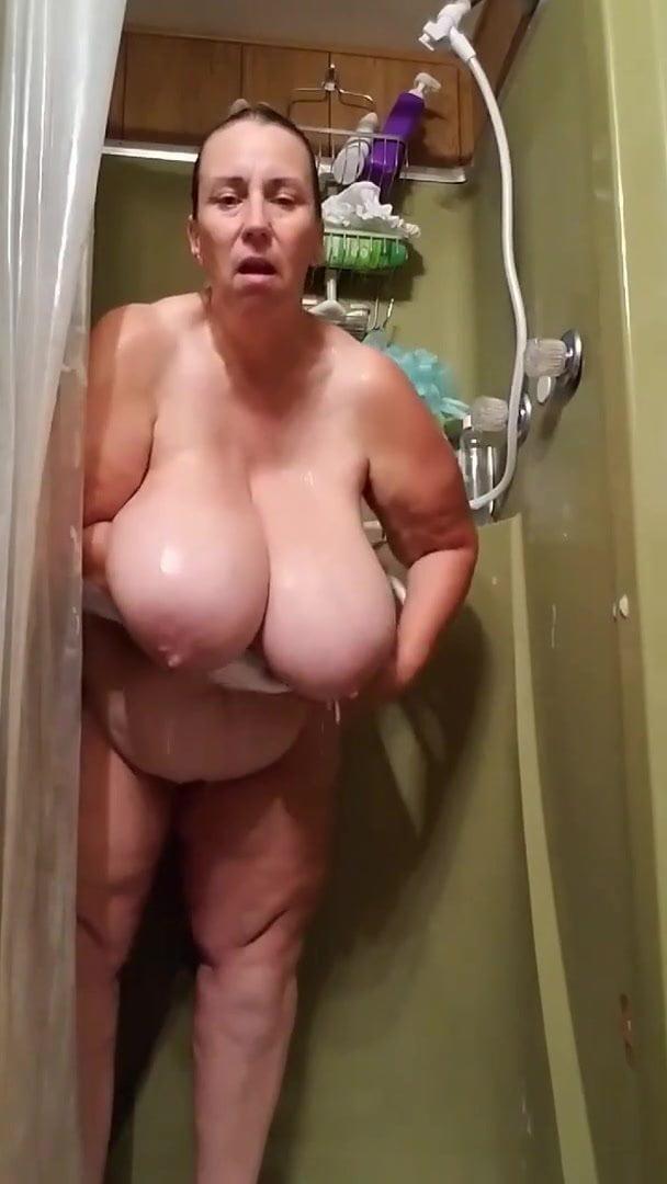 Nikki deloach nude pics