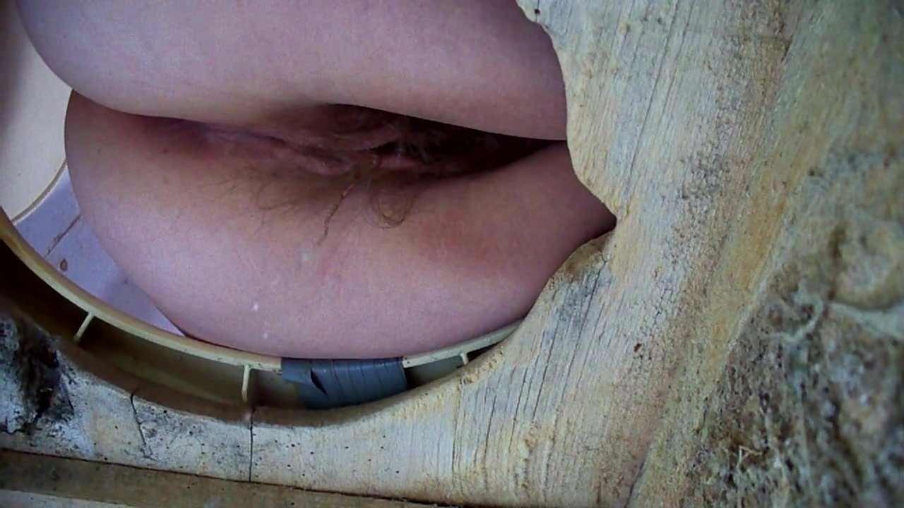 Порно секс в деревенском туалете россия