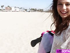 Lez Sextape With Ariana Grand And Mandy Armani