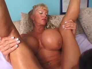 Free download & watch big tit milf          porn movies