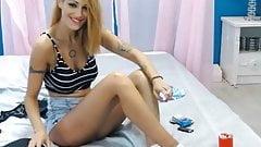 Sexy smoking on webcam