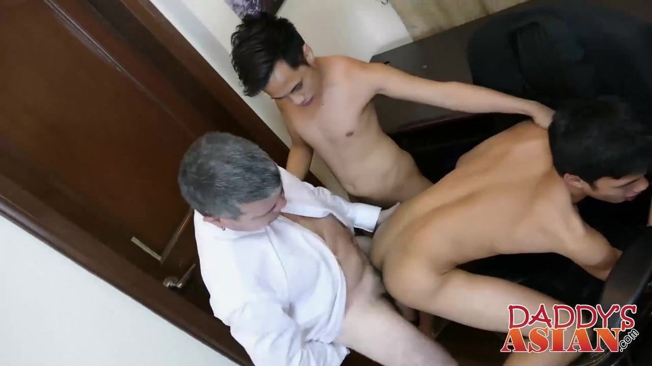 Daddy fucks hottest asian twink in his inviting butthole