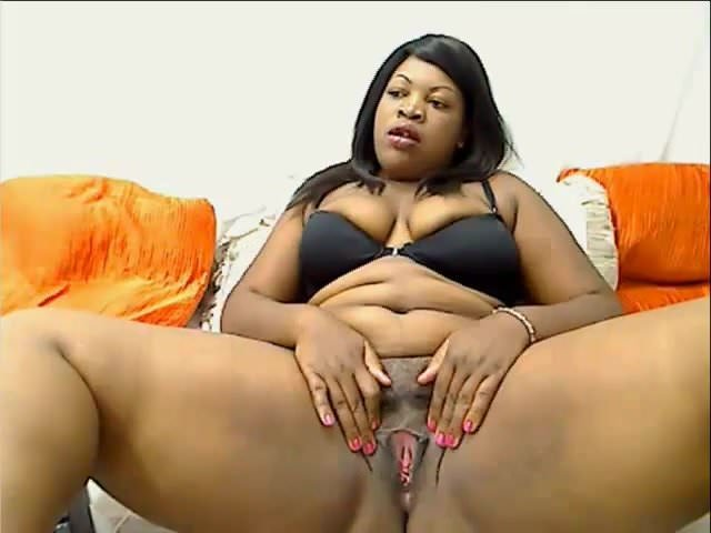 Mature Ebony BBW Shows Pussy Shakes Fat Ass