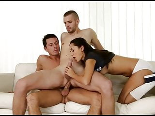 college 3some bi mmf