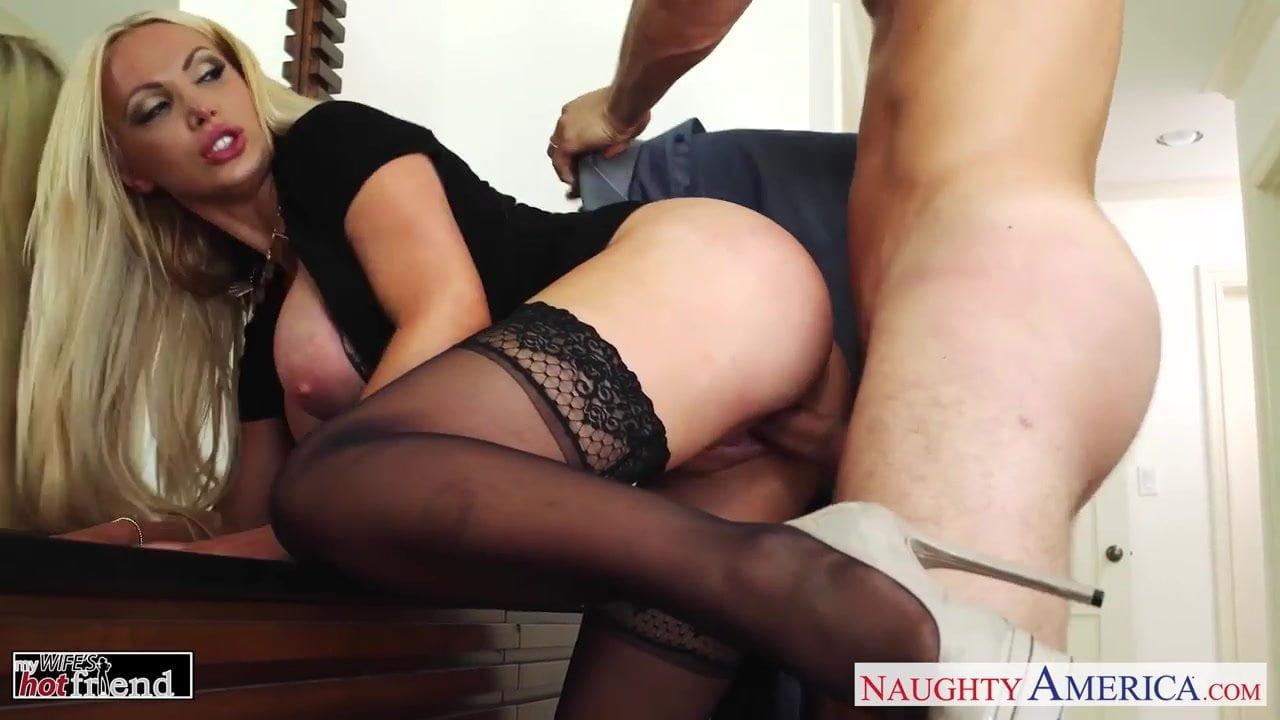 Porn arab saudi girl pic