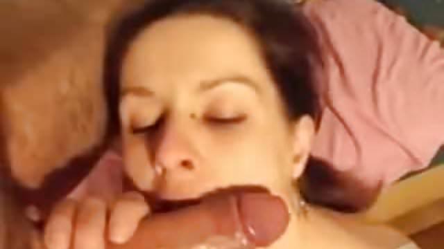 Nagy faszt orgazmus cső