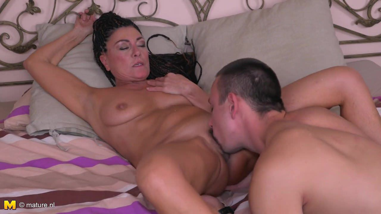 Mature mother suck and fuck lucky son