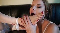 Sexy Lesbian Feet Worship