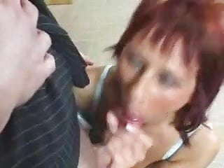 Images - Horny milf gets fucked and facialled !