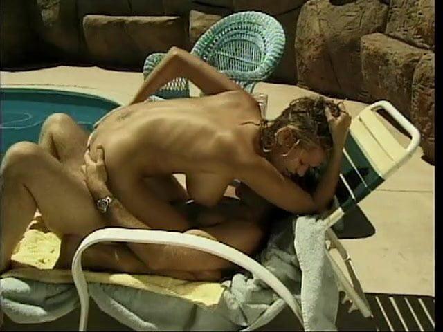 Briana Banks Am Pool