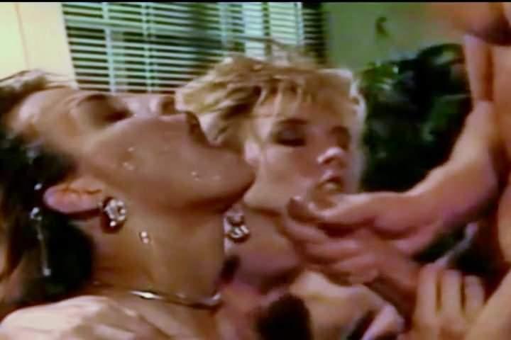 бесконечный мир порно питер норт ебет в ванне сама попыталась заглотить