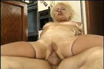 Nude missy b