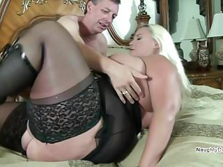 Vegas PAWG fucked by a small guy