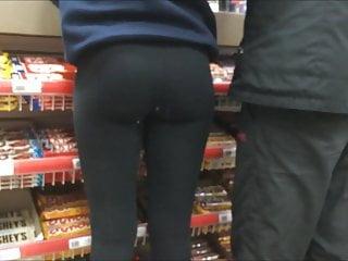 Candid Bubble Butt Teen Slut With Tight Ass Leggings