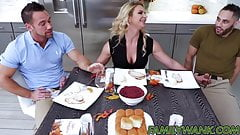 Horny stepmom Phoenix Marie drilled while sucking dick