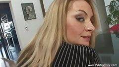 BBC nailed a MILF Blonde