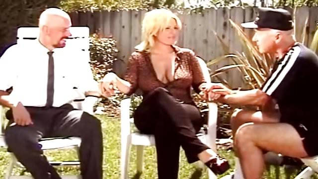 Preview 3 of Fuck A Stranger In The Backyard With Amateur MILF Swinger