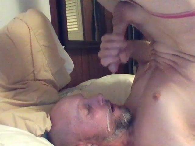 Self suck facial videos, girl porn venezuela