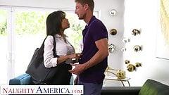 Naughty America - Gia Milana трахает мужа ее босса