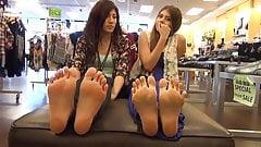 Foot Girls