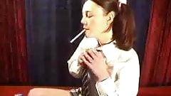 Elizabeth Douglas age 18 Marlboro Red webcam