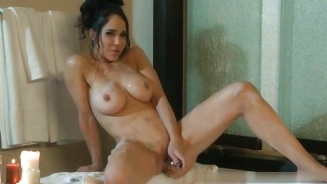 Video of mature pussy
