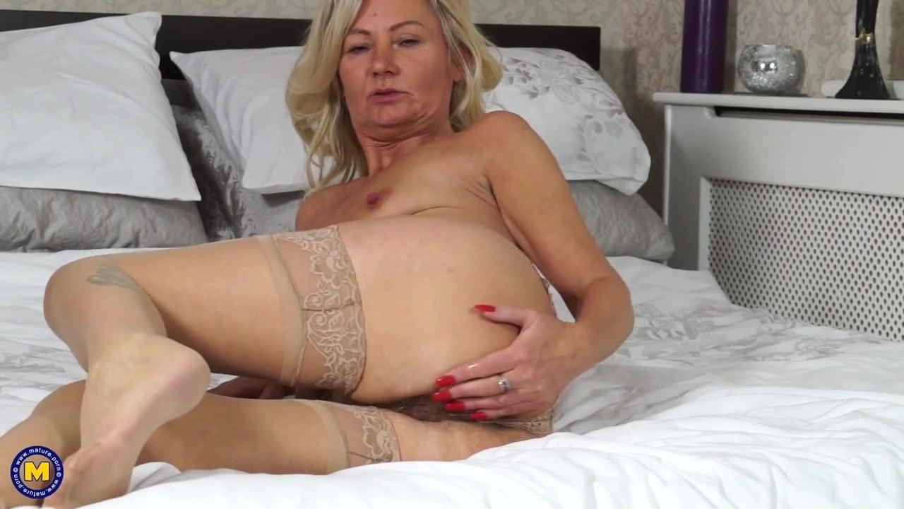 Nude granny ass hole pics