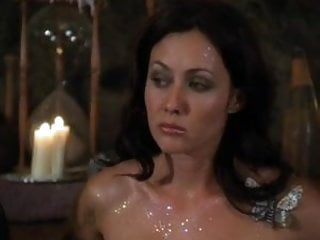 Preview 4 of Alyssa Milano - Charmed season 3 collection part 1