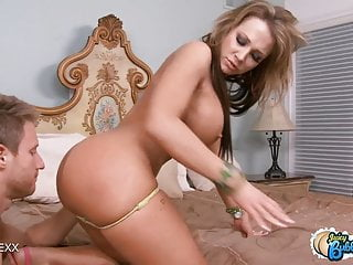 Watch Nikki Sexx's Huge Ass Jiggle As She Gets Pounded