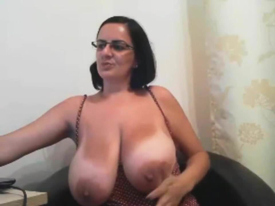 Huge Natural Boobs Mature