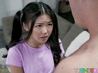 Asian 18yo Lulu Chu gives head before fucking hard